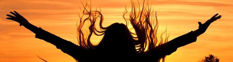почему волосы выпадают зимой